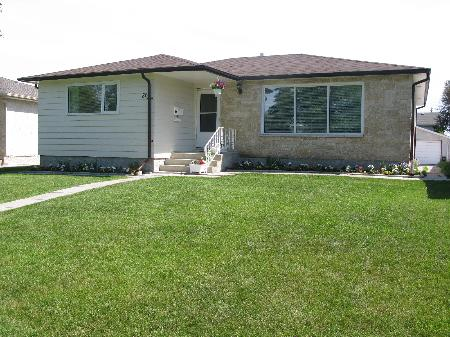 Photo 1: Photos: 86 WERRELL CR in WINNIPEG: Residential for sale (Valley Gardens)  : MLS® # 2912779