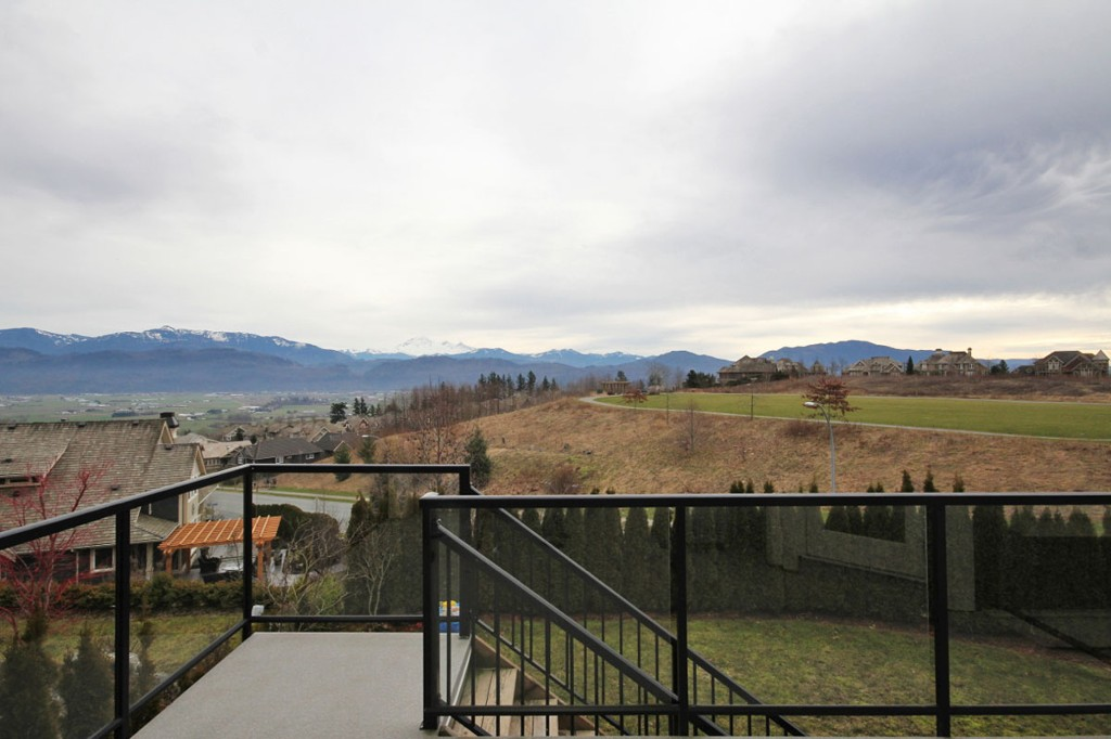 "Photo 15: 2586 EAGLE MOUNTAIN Drive in Abbotsford: Abbotsford East House for sale in ""Eagle Mountain"" : MLS® # F1401398"