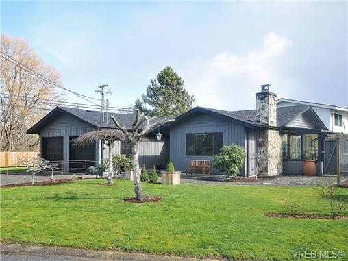 Main Photo: 4269 Grange Road in VICTORIA: SW Northridge Single Family Detached for sale (Saanich West)  : MLS® # 334654