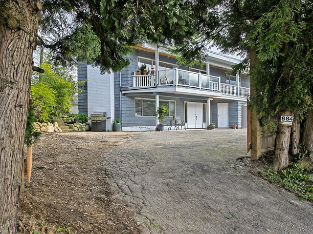 Main Photo: 984 E KEITH Road in North Vancouver: Calverhall House for sale : MLS® # V1067060