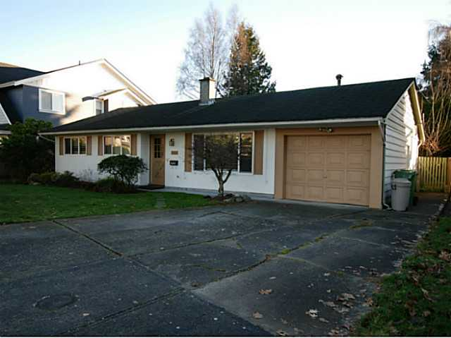 Main Photo: 3400 SPRINGFIELD Drive in Richmond: Steveston North House for sale : MLS® # V1097328