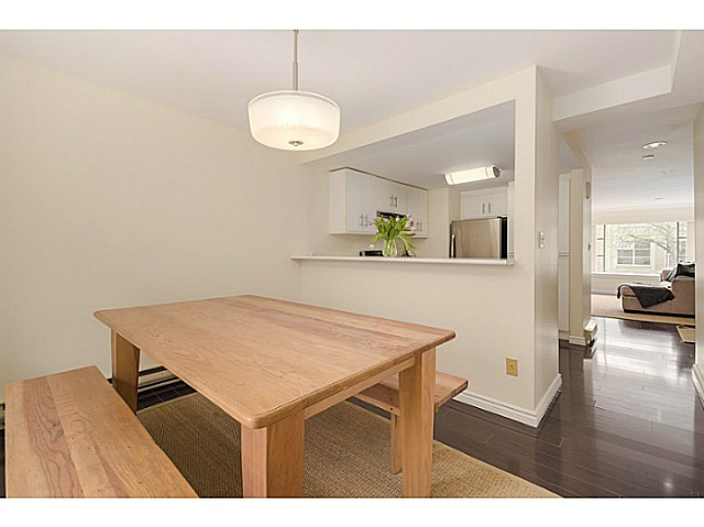 Photo 9: 3163 LAUREL Street in Vancouver: Fairview VW Townhouse for sale (Vancouver West)  : MLS(r) # V1113636