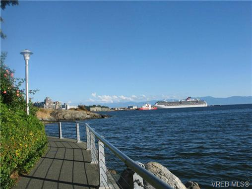 Photo 12: 409 630 Seaforth Street in VICTORIA: VW Victoria West Condo Apartment for sale (Victoria West)  : MLS® # 353301