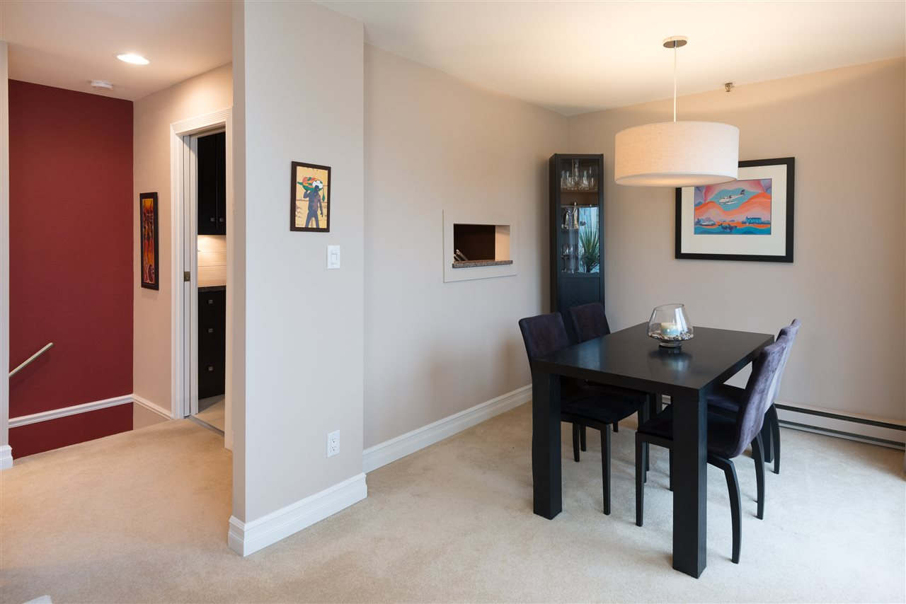 "Photo 6: B2 1100 W 6TH Avenue in Vancouver: Fairview VW Townhouse for sale in ""Fairview Place"" (Vancouver West)  : MLS(r) # R2019721"