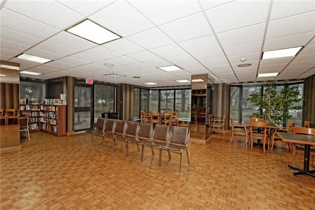 Photo 13: 2005 131 Torresdale Avenue in Toronto: Westminster-Branson Condo for sale (Toronto C07)  : MLS(r) # C3460067