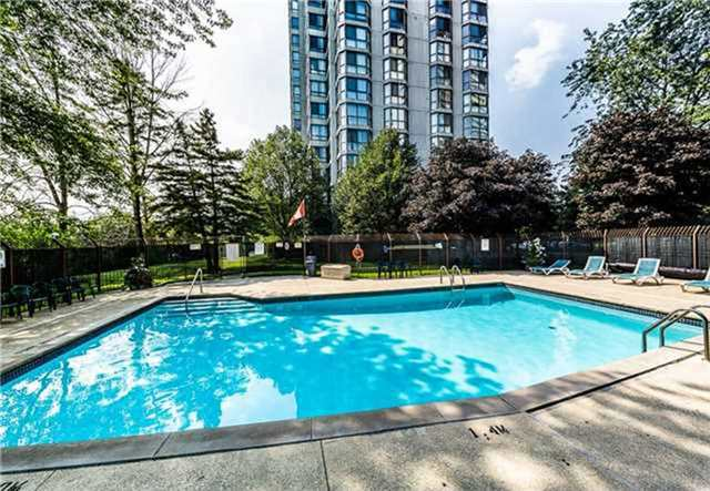 Photo 9: 2005 131 Torresdale Avenue in Toronto: Westminster-Branson Condo for sale (Toronto C07)  : MLS(r) # C3460067