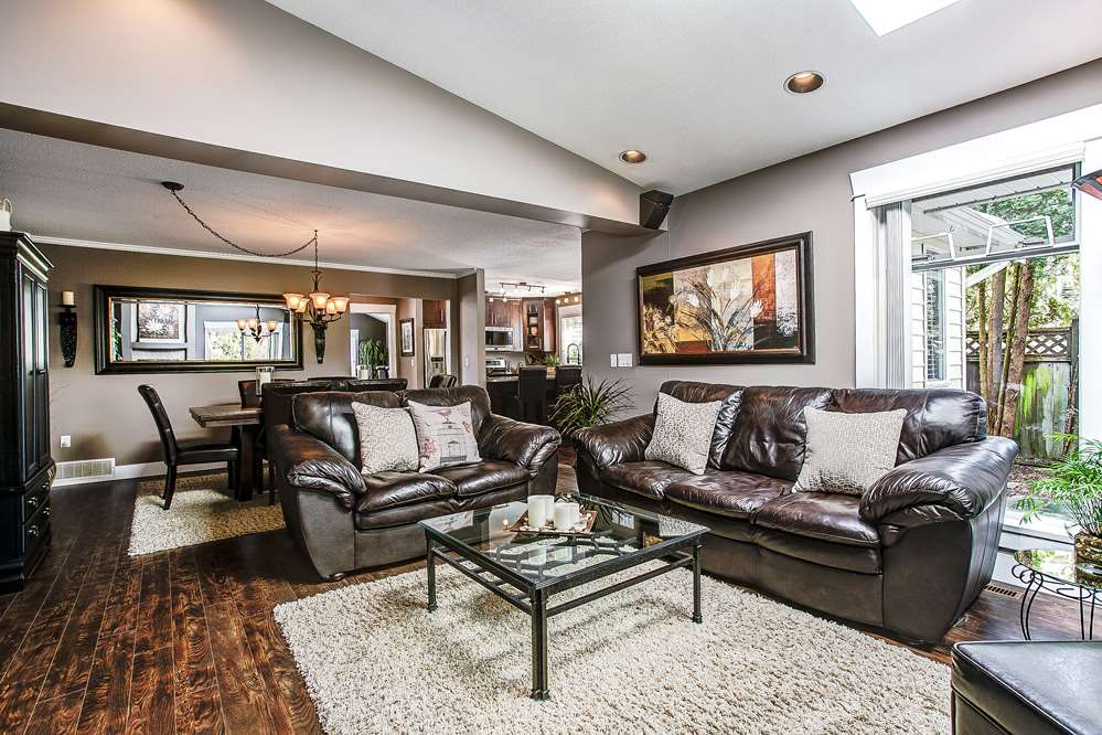 Photo 6: 12049 DOVER Street in Maple Ridge: West Central House for sale : MLS® # R2056899