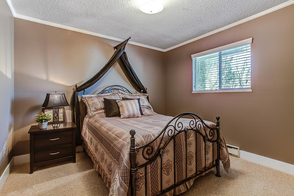 Photo 14: 12049 DOVER Street in Maple Ridge: West Central House for sale : MLS® # R2056899