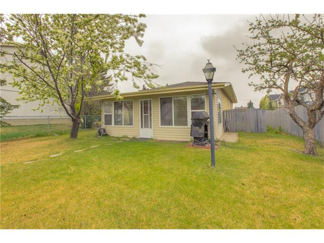 Photo 24: 27 ERIN WOODS Place SE in Calgary: Erin Woods House for sale : MLS® # C4061068
