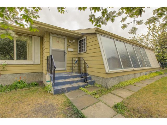 Photo 4: 27 ERIN WOODS Place SE in Calgary: Erin Woods House for sale : MLS® # C4061068