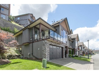 "Main Photo: 1 43540 ALAMEDA Drive in Chilliwack: Chilliwack Mountain Townhouse for sale in ""RETRIEVER RIDGE"" : MLS(r) # R2080200"