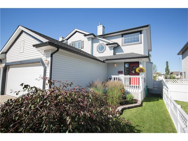 Main Photo: 282 SOMERSIDE Green SW in Calgary: Somerset House for sale : MLS® # C4073737