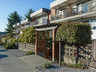 "Main Photo: 221 2033 TRIUMPH Street in Vancouver: Hastings Condo for sale in ""MACKENZIE HOUSE"" (Vancouver East)  : MLS(r) # R2093555"