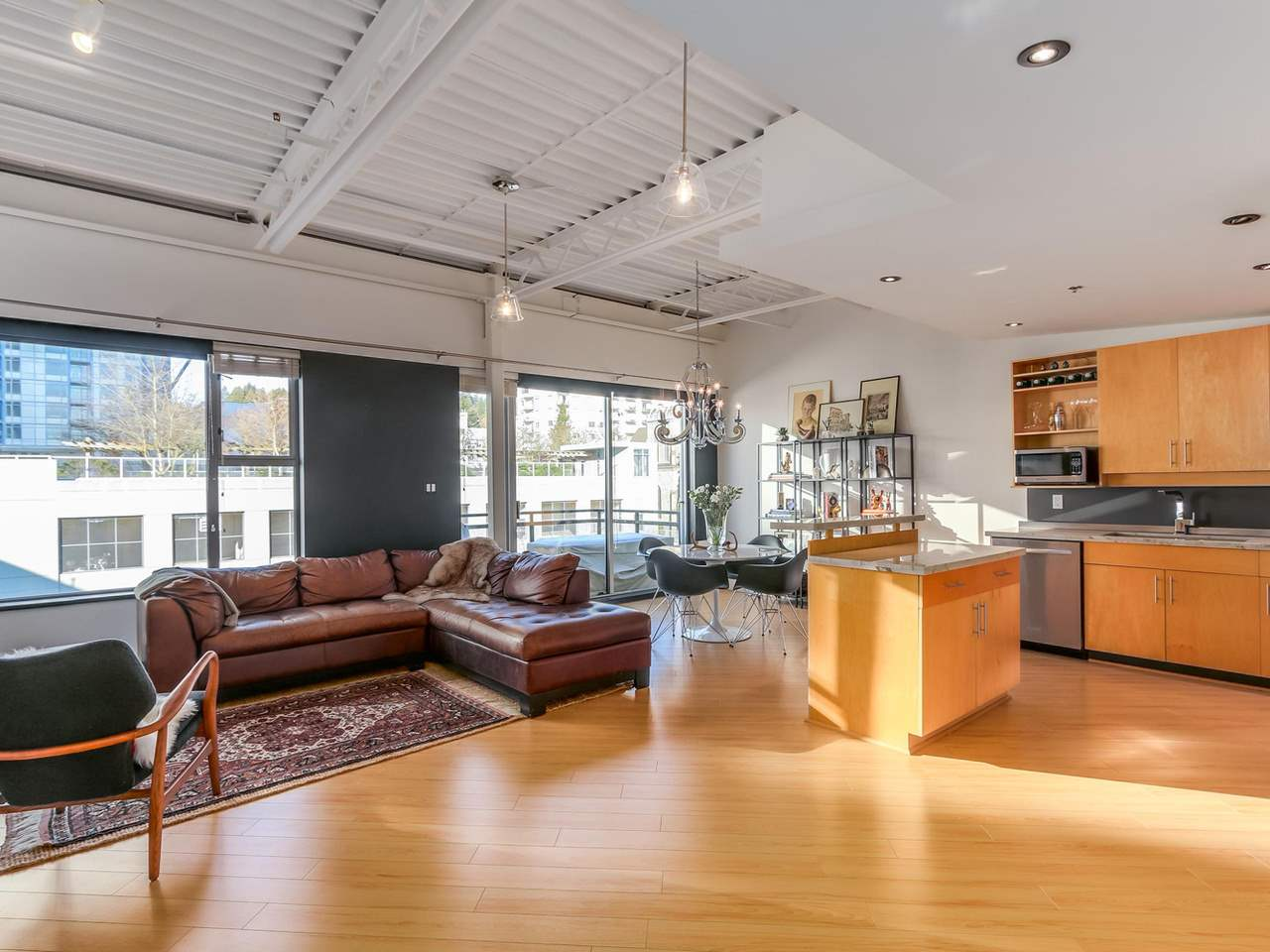 "Main Photo: 511 549 COLUMBIA Street in New Westminster: Downtown NW Condo for sale in ""C2C LOFTS"" : MLS®# R2129468"