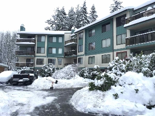 "Main Photo: 301 32124 TIMS Avenue in Abbotsford: Abbotsford West Condo for sale in ""Cedarbrook Manor"" : MLS(r) # R2136816"