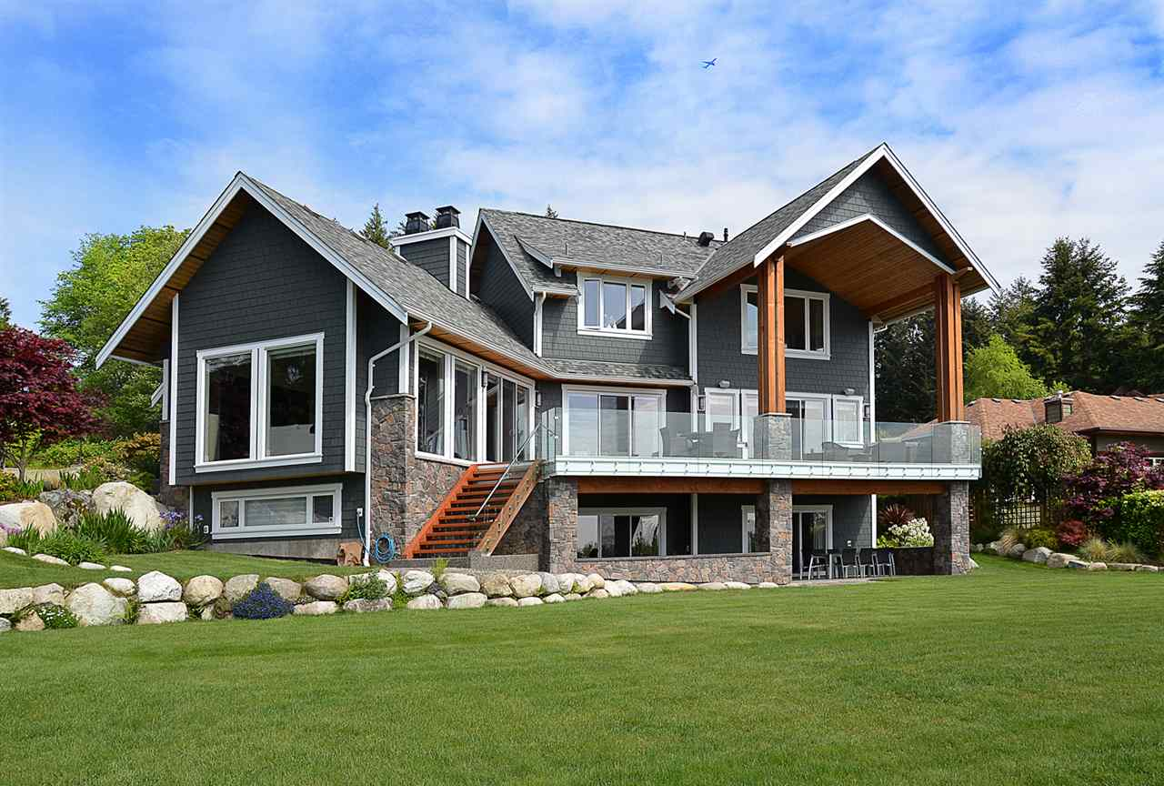 Main Photo: 58 CLARK Road in Gibsons: Gibsons & Area House for sale (Sunshine Coast)  : MLS® # R2142519