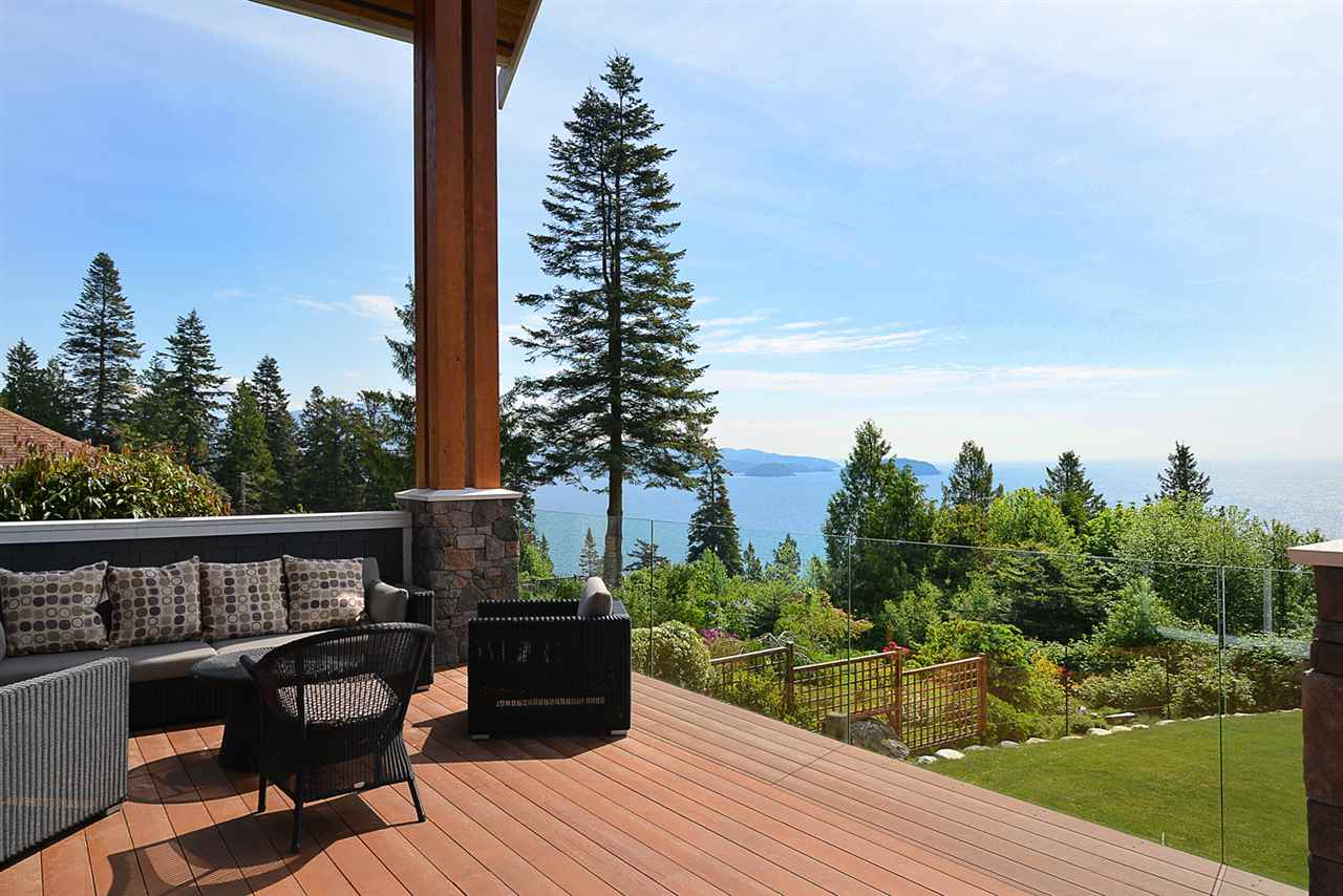 Photo 18: 58 CLARK Road in Gibsons: Gibsons & Area House for sale (Sunshine Coast)  : MLS® # R2142519