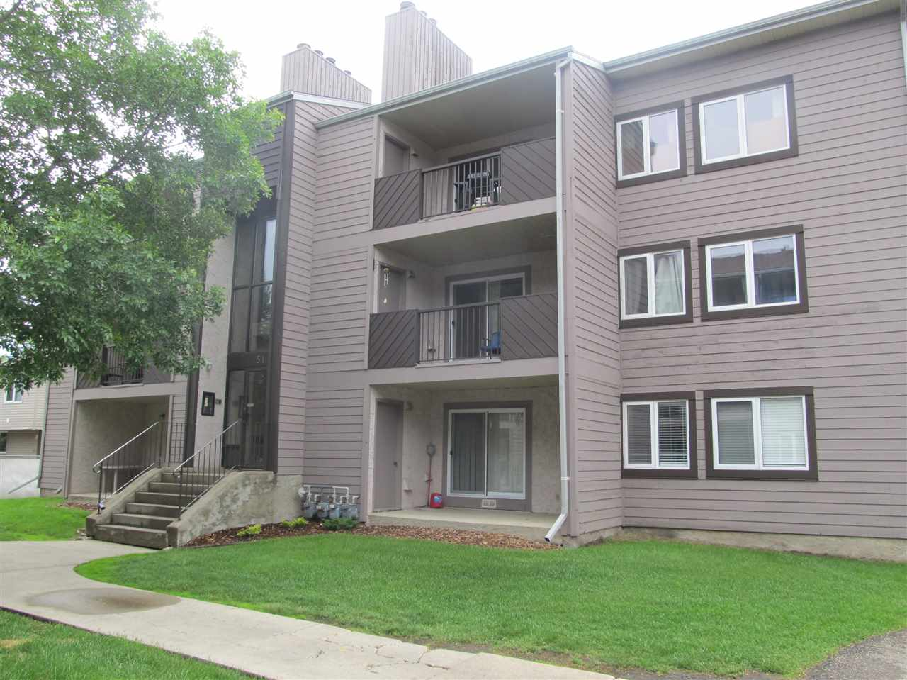 Main Photo: 103 51 AKINS Drive: St. Albert Condo for sale : MLS(r) # E4060963