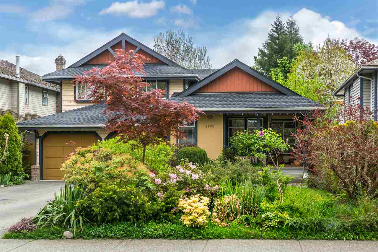 "Main Photo: 8602 212 Street in Langley: Walnut Grove House for sale in ""FOREST HILLS"" : MLS(r) # R2165045"