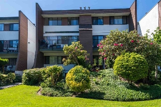 Main Photo: 1845 GOLETA Drive in Burnaby: Montecito Townhouse for sale (Burnaby North)  : MLS® # R2171396