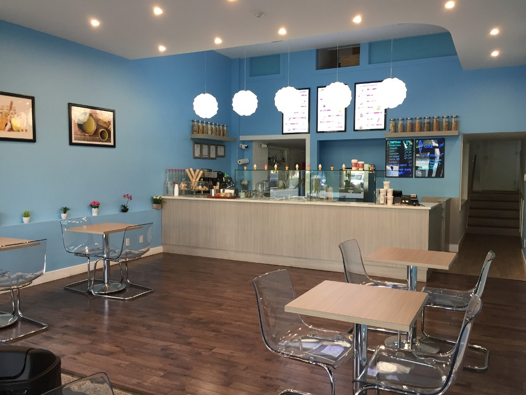 Main Photo: ~ ICE CREAM PARLOUR ~ in : Vancouver Business for sale : MLS® # C8012987