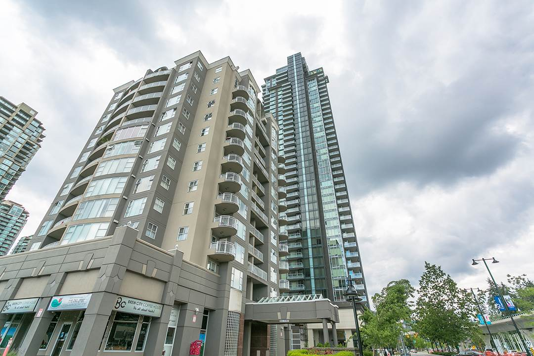 "Main Photo: 4007 1188 PINETREE Way in Coquitlam: North Coquitlam Condo for sale in ""M3"" : MLS(r) # R2176626"