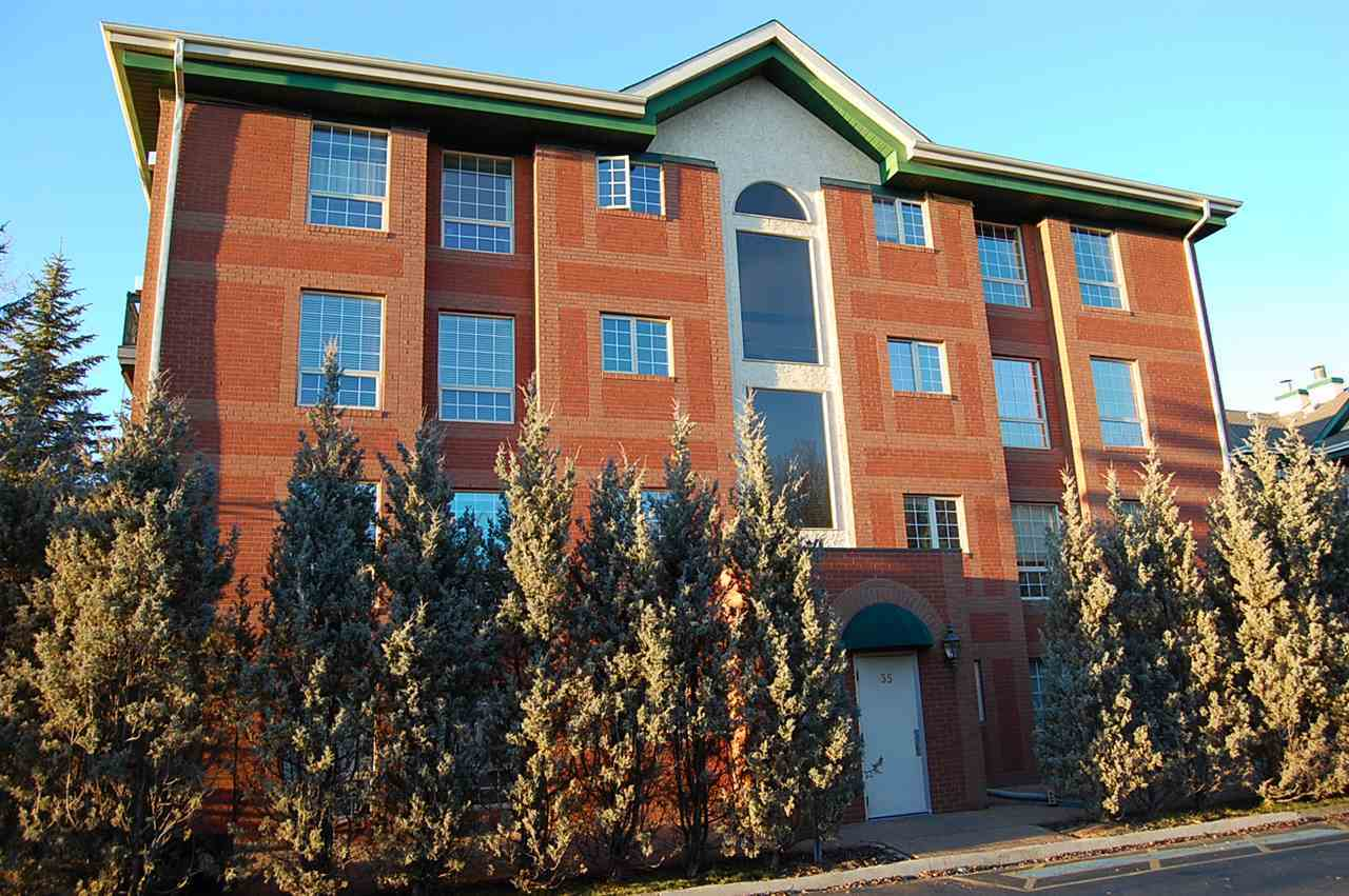 Main Photo: 101 35 SIR WINSTON CHURCHILL Avenue: St. Albert Condo for sale : MLS(r) # E4069420