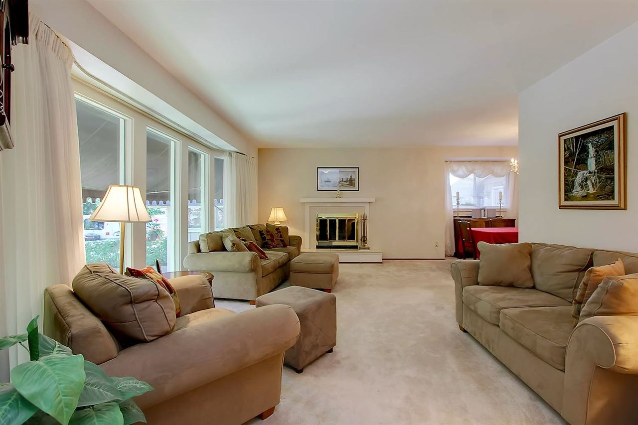 Photo 5: 20 FAIR OAKS Drive: St. Albert House for sale : MLS(r) # E4070683