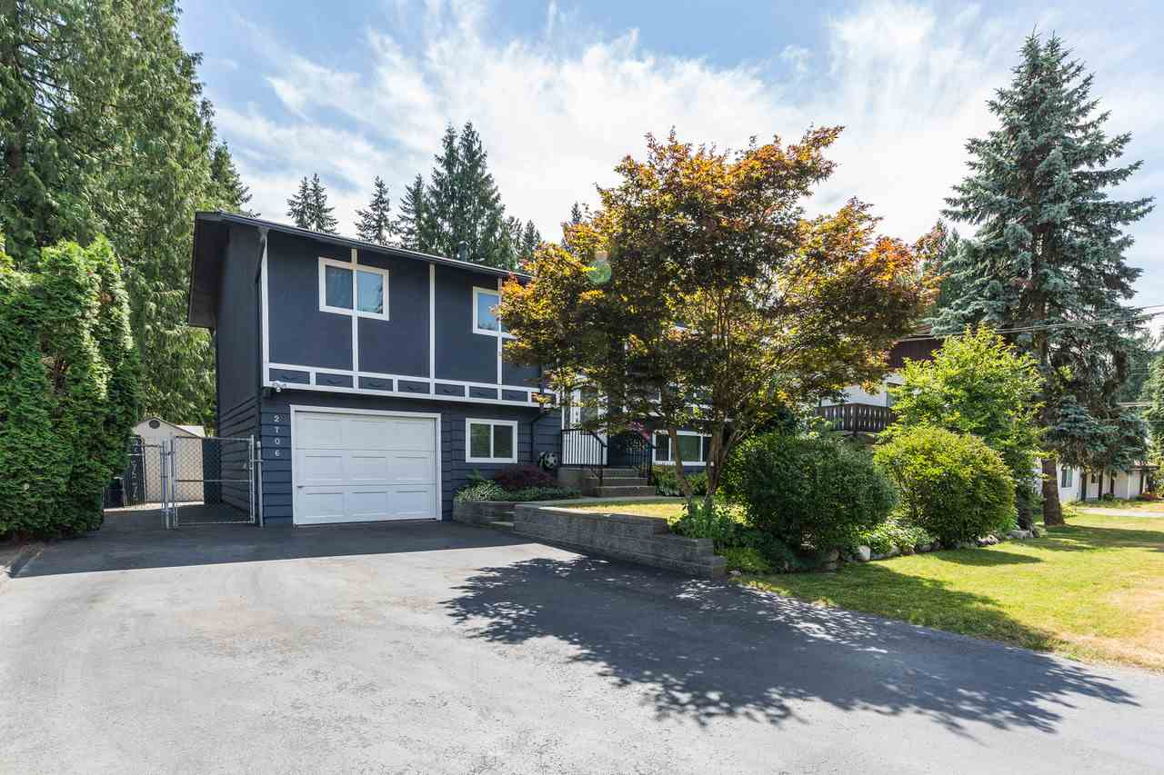 Main Photo: 2706 LARKIN Avenue in Port Coquitlam: Woodland Acres PQ House for sale : MLS(r) # R2191779