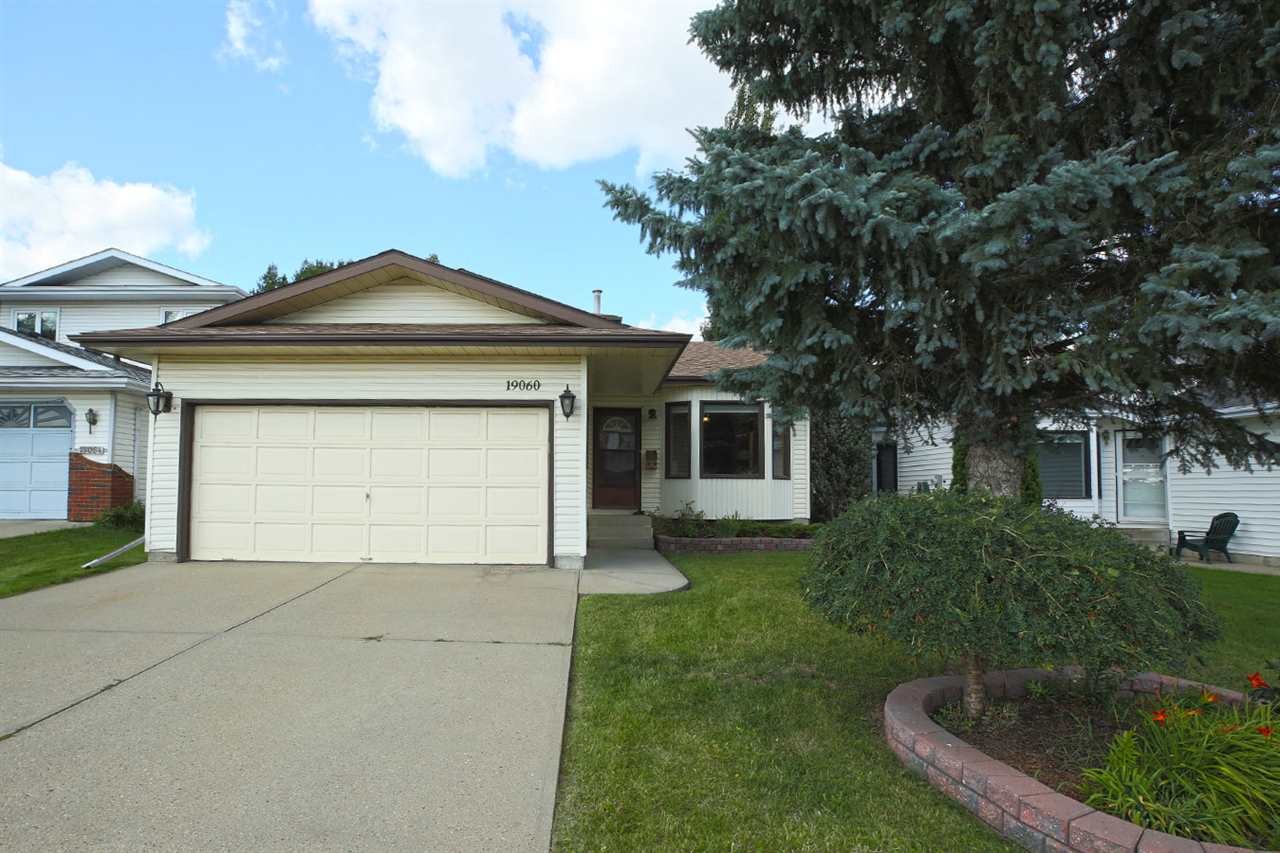 Main Photo: 19060 70 Avenue in Edmonton: Zone 20 House for sale : MLS® # E4078050