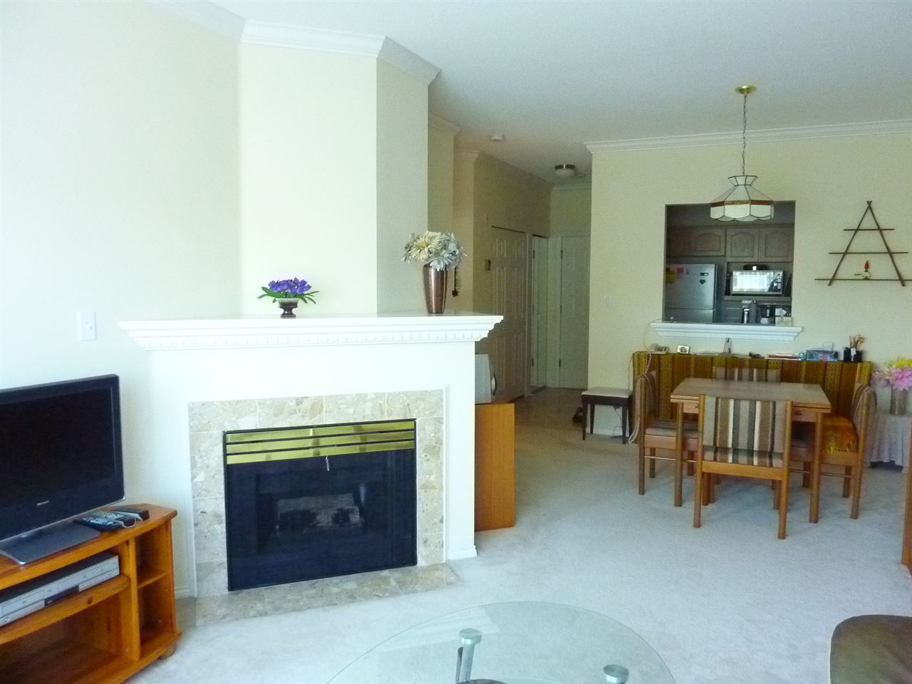 Photo 8: 211 8580 GENERAL CURRIE Road in Richmond: Brighouse South Condo for sale : MLS® # R2200455