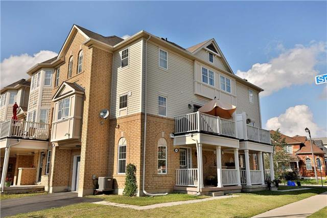 Main Photo: 949 Sprague Place in Milton: Coates House (3-Storey) for sale : MLS® # W3917461