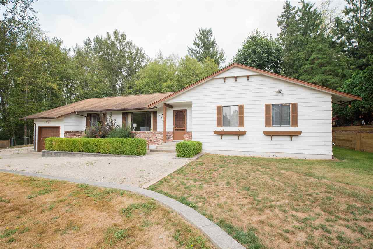 "Main Photo: 9452 208 Street in Langley: Walnut Grove House for sale in ""Walnut Grove"" : MLS® # R2203295"