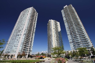 Main Photo: 309 13618 100 Avenue in Surrey: Whalley Condo for sale (North Surrey)  : MLS® # R2204583