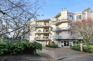 "Main Photo: 113 9299 121 Street in Surrey: Queen Mary Park Surrey Condo for sale in ""HUNTINGTON GATE"" : MLS® # R2214772"