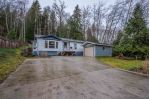 Main Photo: 6083 FAIRWAY Avenue in Sechelt: Sechelt District Manufactured Home for sale (Sunshine Coast)  : MLS® # R2232724
