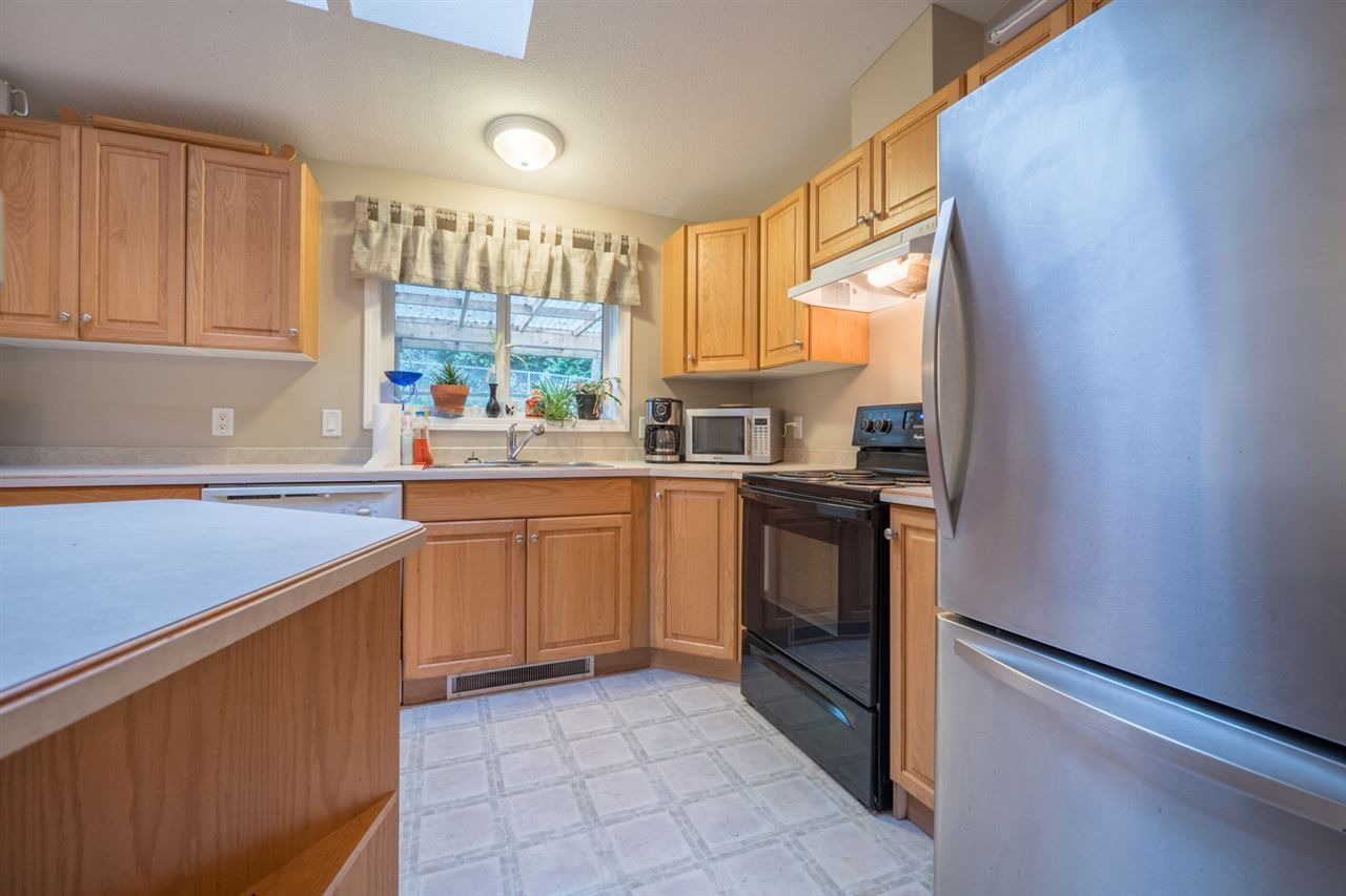 Photo 7: Photos: 6083 FAIRWAY Avenue in Sechelt: Sechelt District Manufactured Home for sale (Sunshine Coast)  : MLS® # R2232724