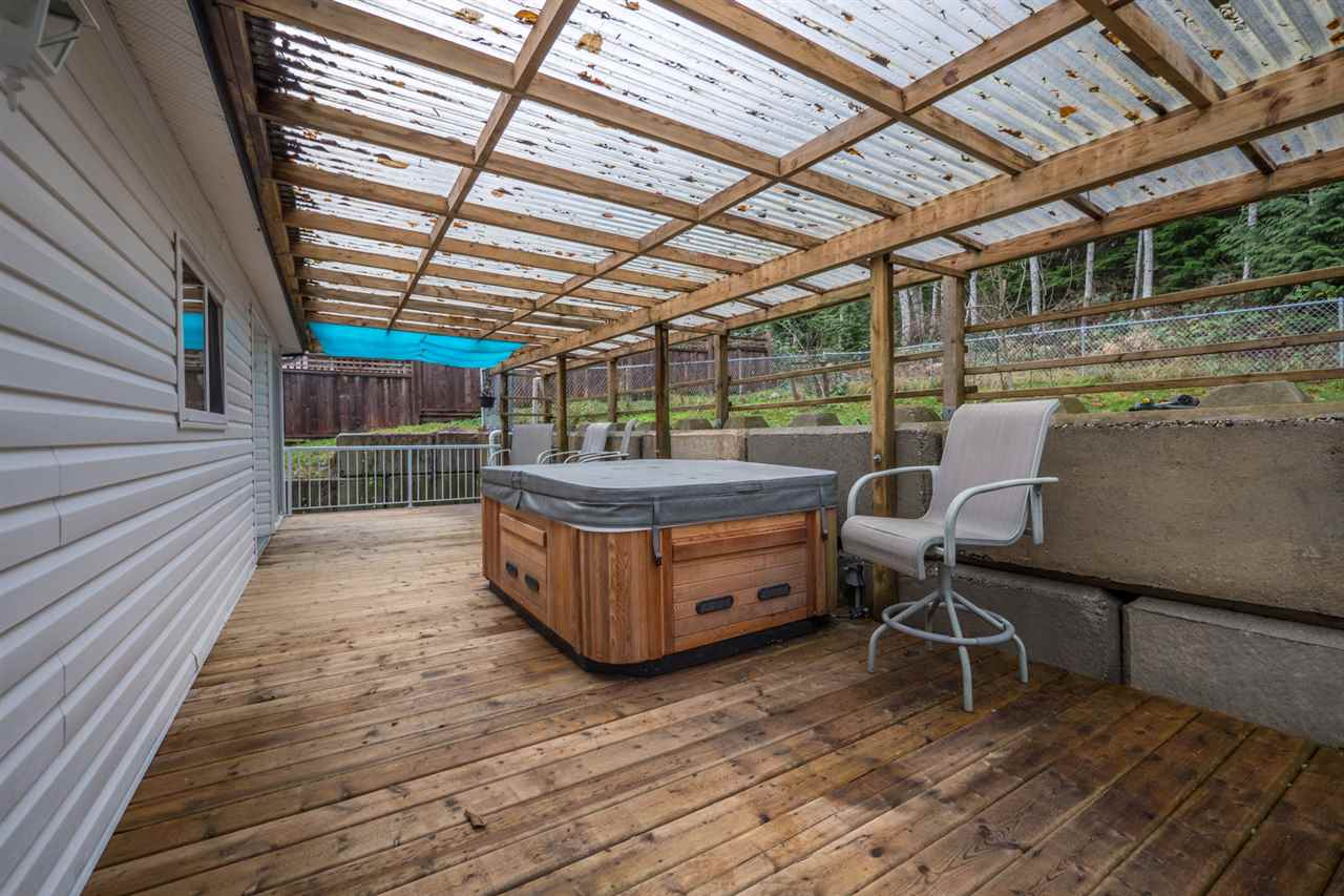 Photo 19: Photos: 6083 FAIRWAY Avenue in Sechelt: Sechelt District Manufactured Home for sale (Sunshine Coast)  : MLS® # R2232724