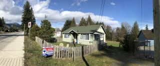 Main Photo: 672 NORTH Road in Gibsons: Gibsons & Area House for sale (Sunshine Coast)  : MLS® # R2246249