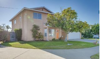 Main Photo: IMPERIAL BEACH House for sale : 5 bedrooms : 1456 Delaware St.