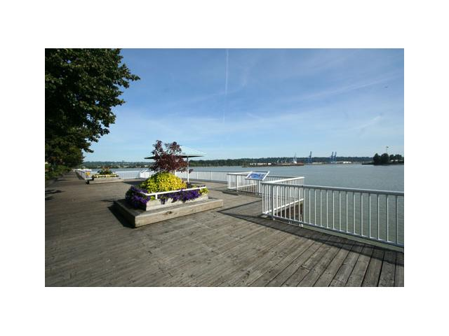 "Photo 10: 207 1135 QUAYSIDE Drive in New Westminster: Quay Condo for sale in ""ANCHOR POINTE"" : MLS(r) # V916905"