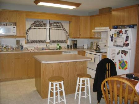 Photo 3: Photos: 938 McLeod AVE in Winnipeg: Residential for sale (Oakwood Estates)  : MLS®# 1000356