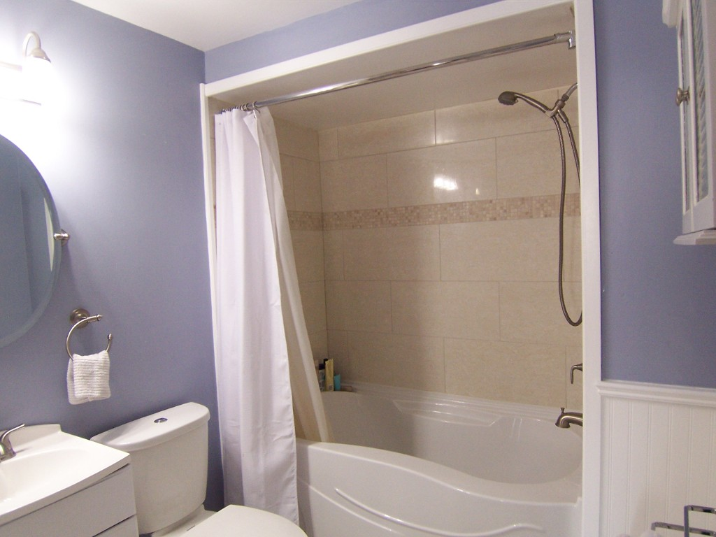 Photo 11: 11 2272 Mowat in Oakville: Condo for sale : MLS(r) # 2040890