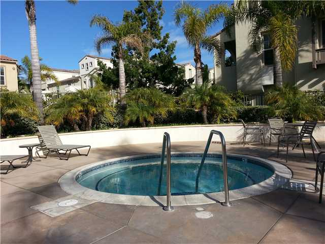 Photo 10: CHULA VISTA Townhome for sale : 3 bedrooms : 1307 HAGLAR Way #1