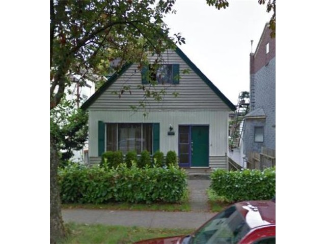 Main Photo: 1123 E 10TH Avenue in Vancouver: Mount Pleasant VE House for sale (Vancouver East)  : MLS(r) # V1053069