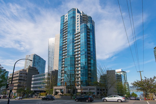 Main Photo: 703 1415 W GEORGIA Street in Vancouver: Coal Harbour Condo for sale (Vancouver West)  : MLS®# R2059547