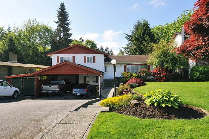 Main Photo: 22116 CANUCK Crescent in Maple Ridge: West Central House for sale : MLS® # R2061368