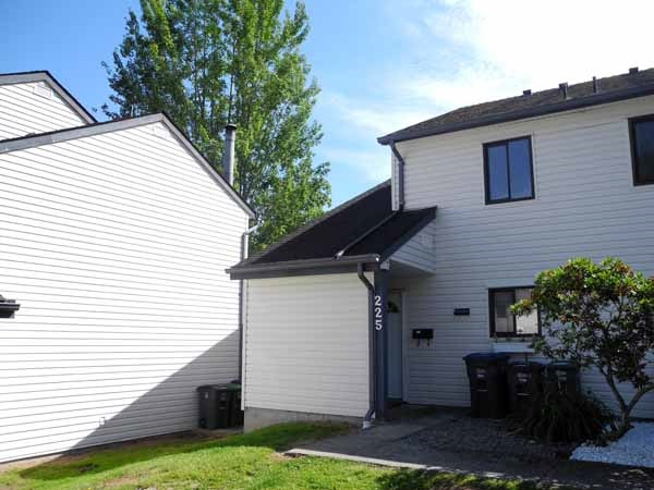 "Main Photo: 225 13620 67 Avenue in Surrey: East Newton Townhouse for sale in ""Hyland Creek"" : MLS(r) # R2078303"
