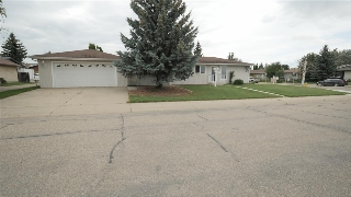 Main Photo: 186 CLAREVIEW Road in Edmonton: Zone 35 House for sale : MLS(r) # E4049724