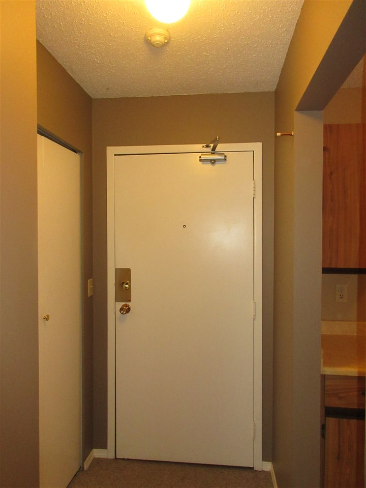 "Photo 2: 309 45749 SPADINA Avenue in Chilliwack: Chilliwack W Young-Well Condo for sale in ""CHILLIWACK GARDENS"" : MLS(r) # R2137266"